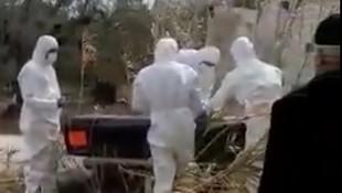 Türkiye'de tepki çeken koronavirüs cenaze töreni!