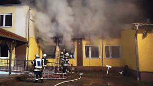 Mültecilere kucak açan Türk oteli kundaklandı!