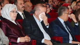 Cumhurbaşkanı Erdoğan'ın zor anları... Gözyaşlarını tutamadı