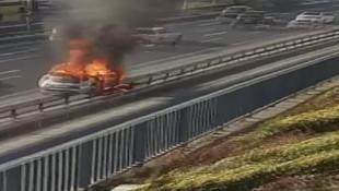 D-100'de otomobil alev alev yandı