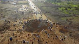 Dünya bu yalanı konuşuyor: Nijerya'ya meteor düştü, 100'den fazla ölü var