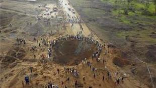 Herkes bu iddiayı konuşuyor: Nijerya'ya meteor düştü, 100'den fazla ölü var