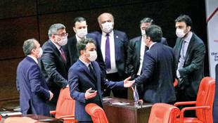 Meclis'te günde 6 bin maske harcanıyor