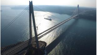 Yasakta geçilmeyen yol ve köprüler para kazanmaya devam etti !
