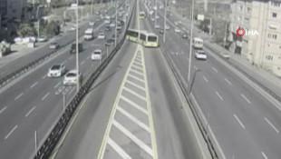 Avcılar'daki Metrobüs kazasından korkunç görüntü ortaya çıktı