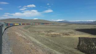 Ulaştırma Bakanı duyurdu: En uzun tren yola çıktı!