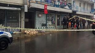 Sokak ortasında yere yığılan adam öldü !