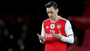 Arsenal'da futbolcular ve teknik heyet, maaşlarında indirim yaptı