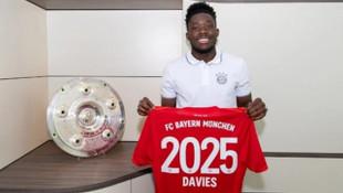 Bayern Münih, Alphonso Davies'in sözleşmesini uzattı