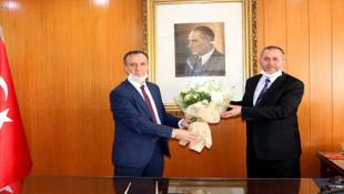 Türk Tarih Kurumu Başkanlığı'na Ensar Vakfı yöneticisi atandı
