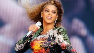 Güzel şarkıcıdan koronavirüsle mücadele için 6 milyon dolar!