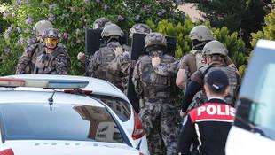 Ankara'da dehşet! 2 çocuğunu silahla rehin aldı