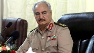 Hafter, Libya yönetimine el koydu!