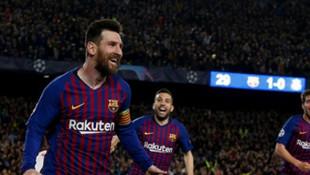 Barcelona, 1 milyar euronun üzerinde gelir elde eden tarihteki ilk kulüp oldu