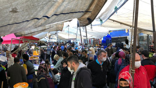 Yer: İstanbul... Semt pazarında adım atacak yer kalmadı