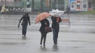 Meteoroloji'den beklenen açıklama: Yağışlı hava ne kadar sürecek ?