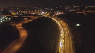 Gece 00:00 öncesi İstanbul'dan kaçış böyle görüntülendi!