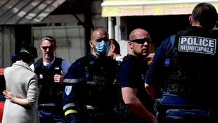 Fransa'da bıçaklı saldırı dehşeti: 2 ölü, 7 yaralı