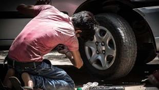 DİSK: Sokağa çıkma yasağı 2 milyon 235 bin çalışanı kapsıyor