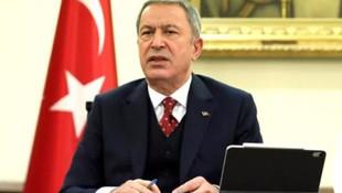Bakan Akar İran Genelkurmay Başkanı ile telefonda görüştü