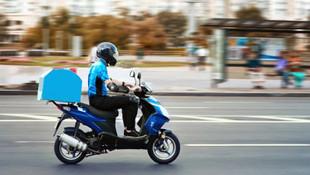 İstanbul'un boş sokakları motosikletli kuryelere kaldı