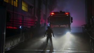İstanbul'da gece yarısı korkutan fabrika yangını