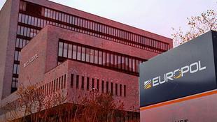 80 milyon euroluk operasyon ! Çete çökertildi