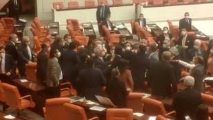 Meclis Genel Kurulu'nda kavga !