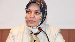 Hilal Kaplan'ın bu seferki hedefi Prof. Dr. Özgür Demirtaş