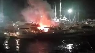 Antalya'da geceyi gündüze çeviren yangın
