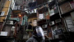 The Guardian Türkiye'yi paylaştı! Dünyanın dört yanından koronavirüs kareleri