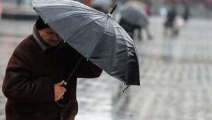 Ankara'da fırtına etkili oldu