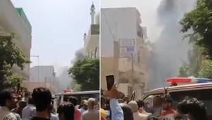 107 kişiyi taşıyan yolcu uçağı evlerin üzerine düştü!