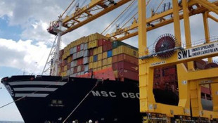 Dünyanın en büyük konteyner gemisi Tekirdağ'a demirledi