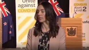 Kadın başbakanın zor anları kamerada