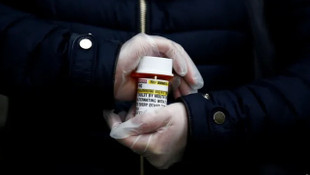 DSÖ, Trump'ın da kullandığı ilacın kullanımını askıya aldı