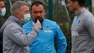Trabzonspor'un idmanını Ahmet Ağaoğlu da izledi