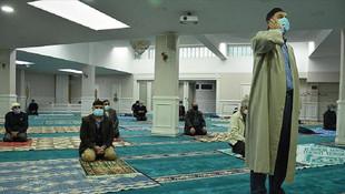 Prof. Dr. Ceyhan'dan camiler için ''yükses ses'' uyarısı