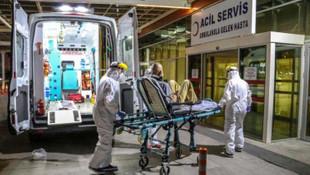 Türkiye'de koronavirüs şüphelisine müdahale anı anbean görüntülendi