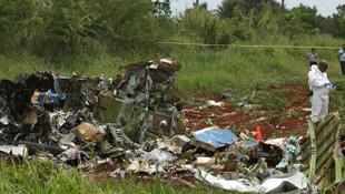 Bolivya'da askeri uçak düştü: 6 kişi öldü