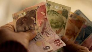 Standard and Poor's, Türkiye'nin kredi notunu düşürdü