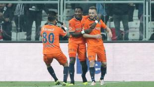 Eljero Elia: Beşiktaş'tan teklif aldım