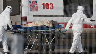 Rusya'da koronavirüsten ölü sayısı 4 bin 855'e yükseldi