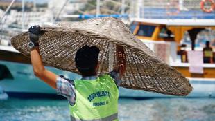 Bodrum'un ünlü plajlarında 'sosyal mesafe' önlemi