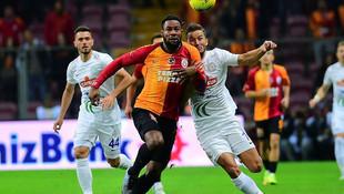 Galatasaray'dan 5 imza birden!