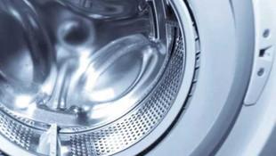 oğlunu çamaşır makinesine kilitledi!