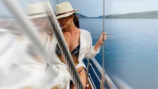 Demet Özdemir bikinili pozuyla sosyal medyayı salladı