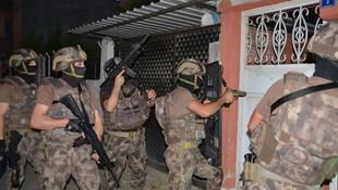 Adana'da sabaha karşı terör baskını: 6 gözaltı var!
