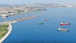 İstanbul açıklarındaki sahipsiz gemiler satışa çıkarıldı