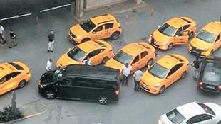 Bodrum'a ''korsan taksi'' hücumu!